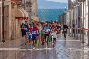 Preview: Split - Marathon